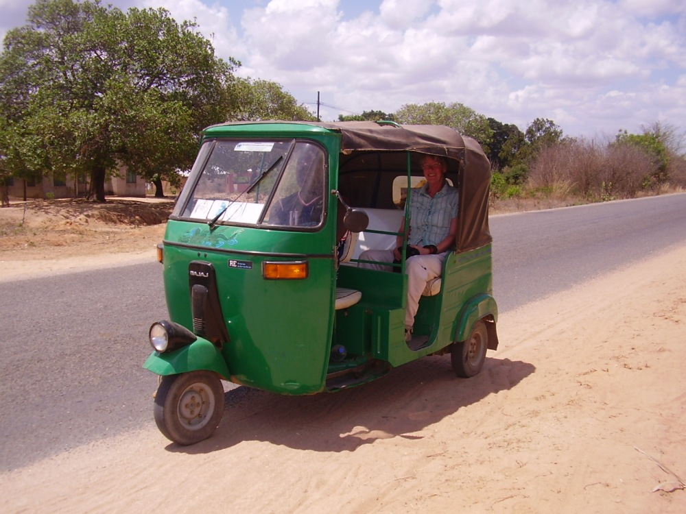 low cost local taxi