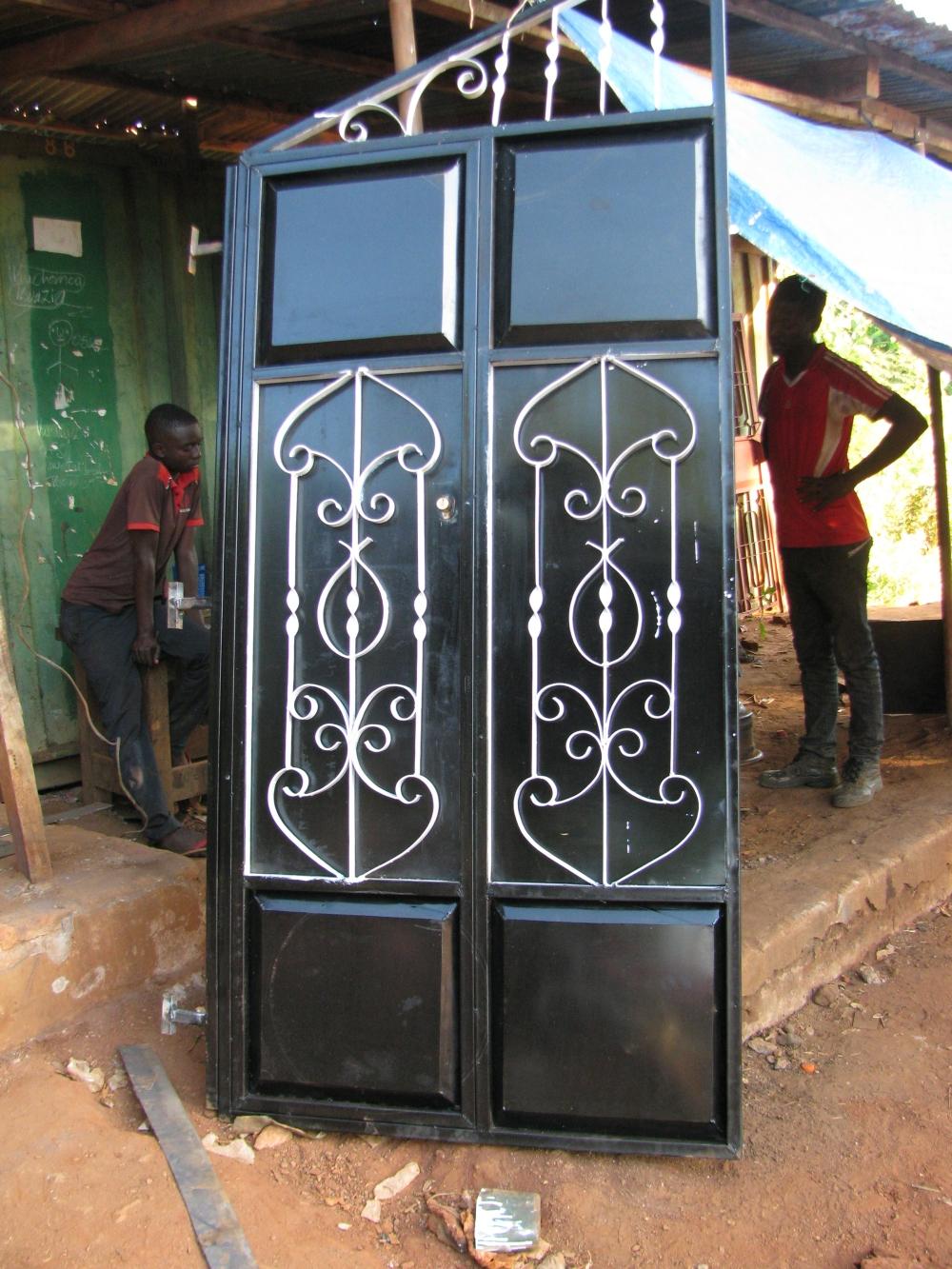 7 welded gate