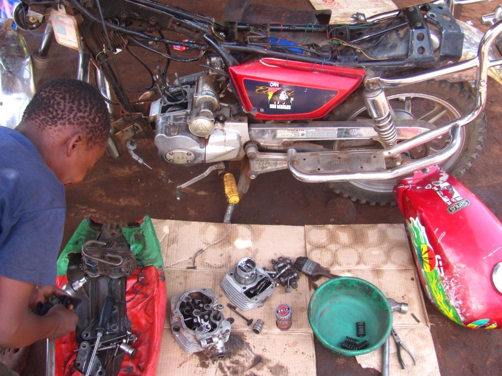 Outdoor repair shop for motorbikes